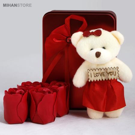 پکیج کادویی خرس و گل عطری طرح لاو و عشق Love Gift Package Love Valentine's Day